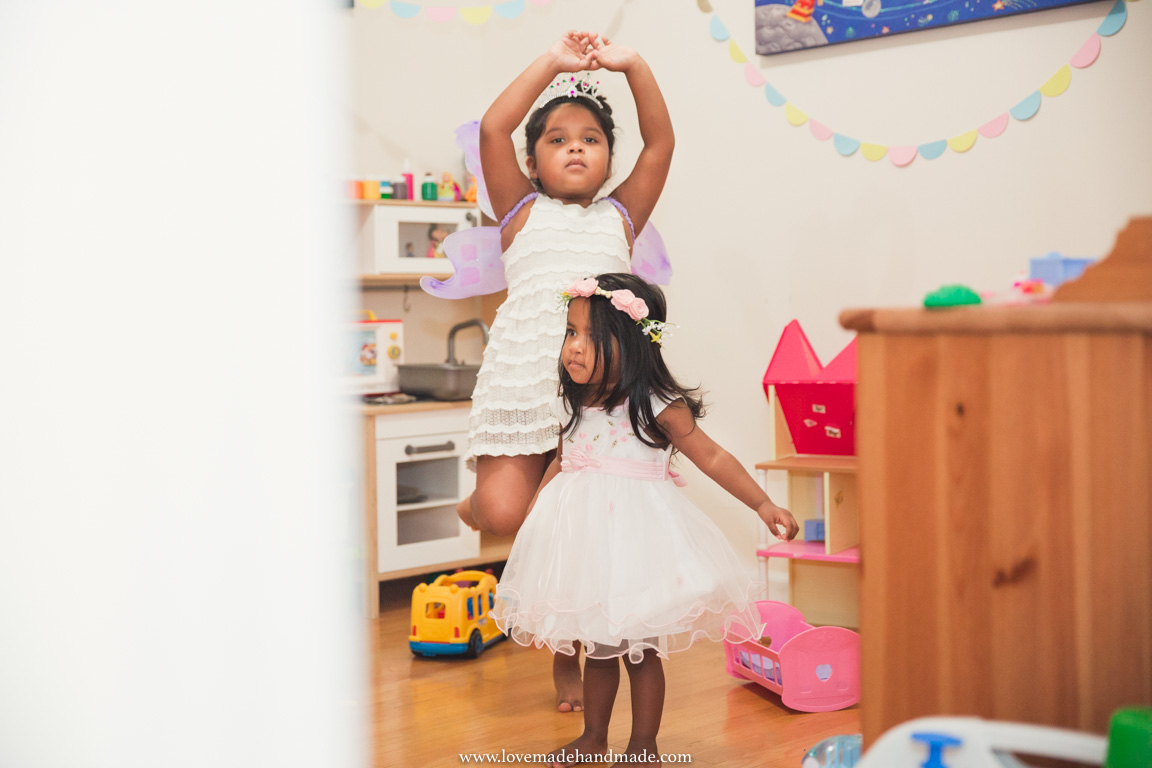 Sisters playing dress up with pretend play - LOVEMADE HANDMADE